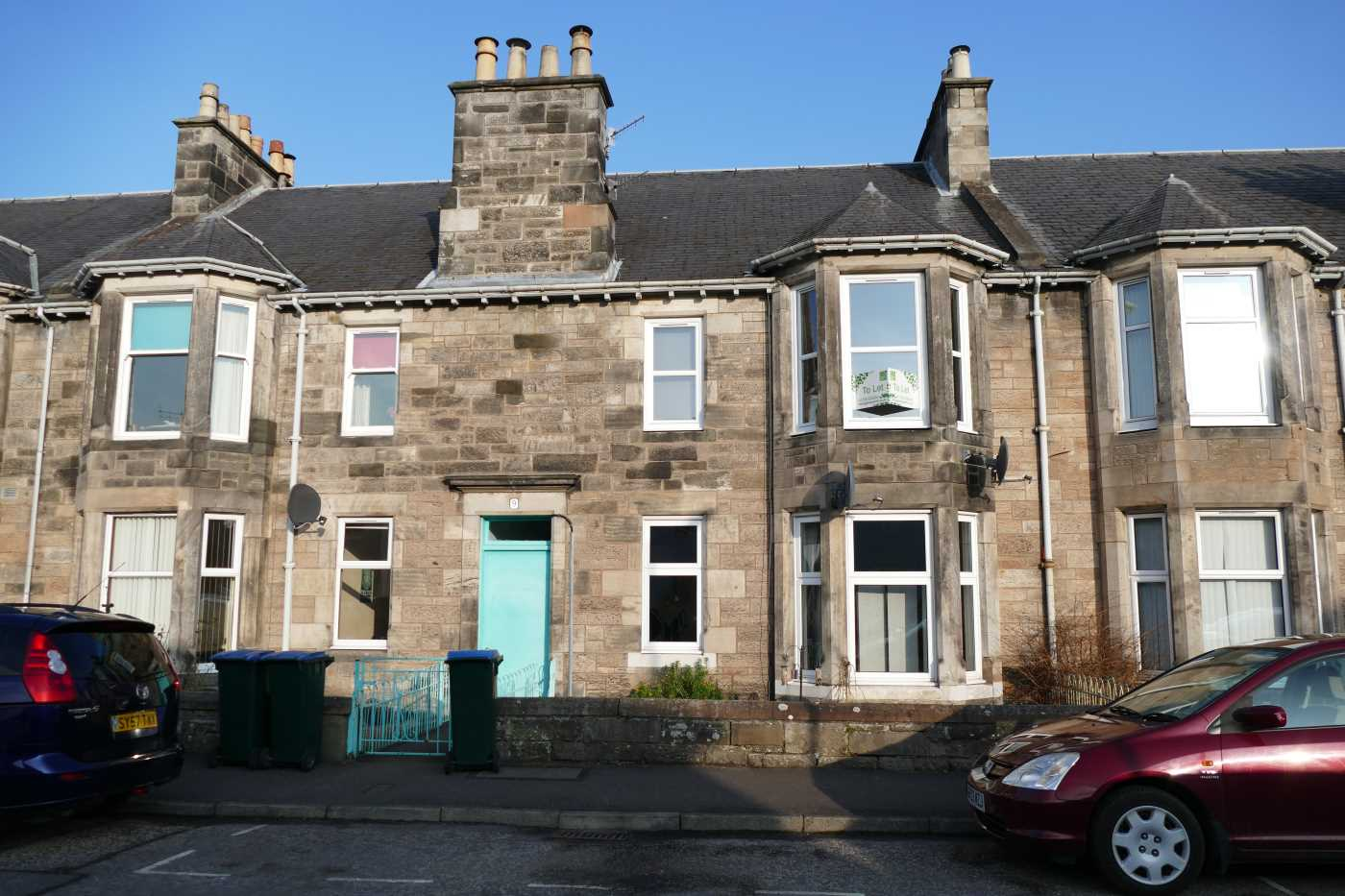 First floor flat situated in the sought after Craigie area on the outskirts of Perth city centre.