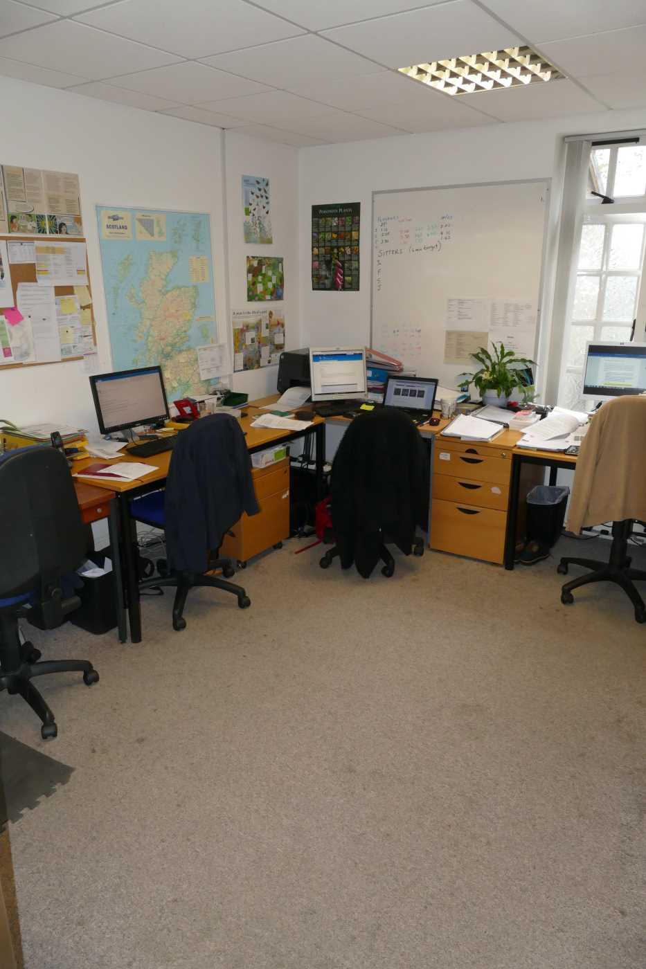 Office  space located in central Perth, St Johns Street makes the ideal base for your office. Rent is negotiable.........