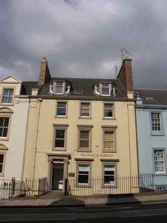 Attic flat situated in a popular area of Perth City Centre. The property benefits from fantastic views of the North inch and over the River Tay,within walking distance of the town centre.